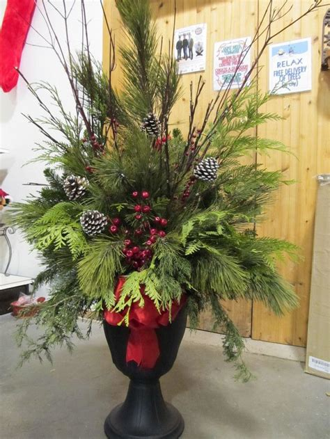 ideas  christmas urns  pinterest christmas
