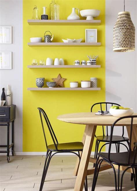 cuisine blanche et jaune cuisine blanche les couleurs qui savent la mettre en valeur