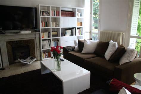 ub design canapé déco salon marron et beige