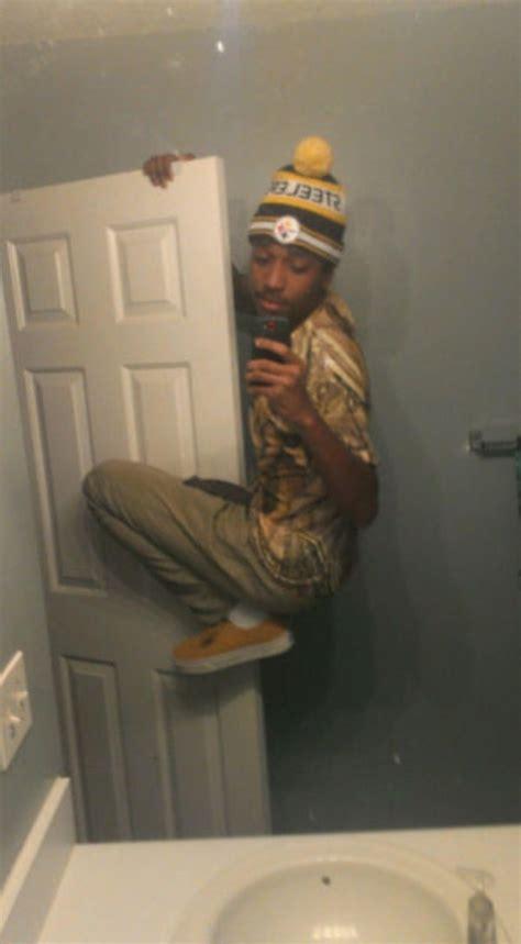 awkward selfies  klykercom