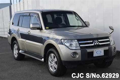 auto air conditioning service 2006 mitsubishi pajero head up display 2006 mitsubishi pajero silver 2 tone for sale stock no 62929 japanese used cars exporter