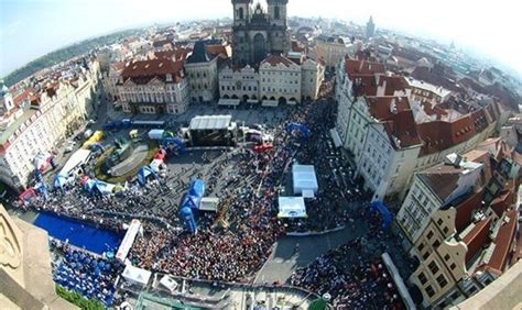 czech republic il weekend della maratona volkswagen praga