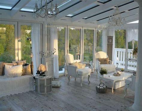 veranda chiusa come arredare la veranda in stile provenzale foto