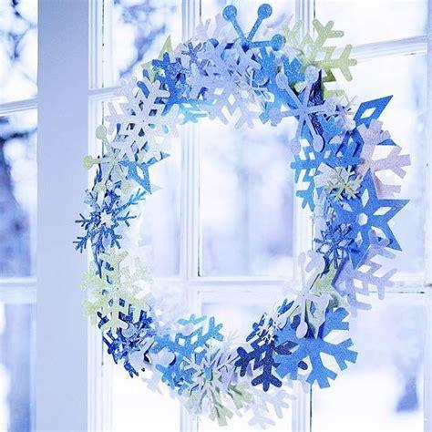 Fensterdeko Weihnachten Basteln Papier by Papier Schneeflocken Kranz Basteln Fensterdeko Weihnachten