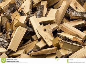 Bois De Chauffage Bricoman : tas de bois de chauffage images libres de droits image ~ Dailycaller-alerts.com Idées de Décoration