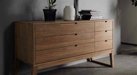 por  apostar por los muebles de madera maciza la voz