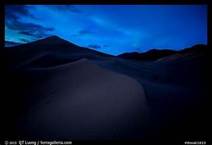 Picture/Photo: Ibex Sand Dunes at night. Death Valley ...