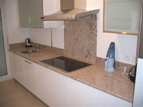 cuisine avec plan de travail en granit plan de travail cuisine en granit cuisine naturelle