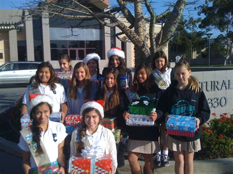 Girl Scout Gift Wrapping Project At Barnes & Noble