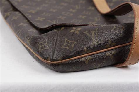 louis vuitton monogram canvas musette shoulder bag flap purse messenger  stdibs