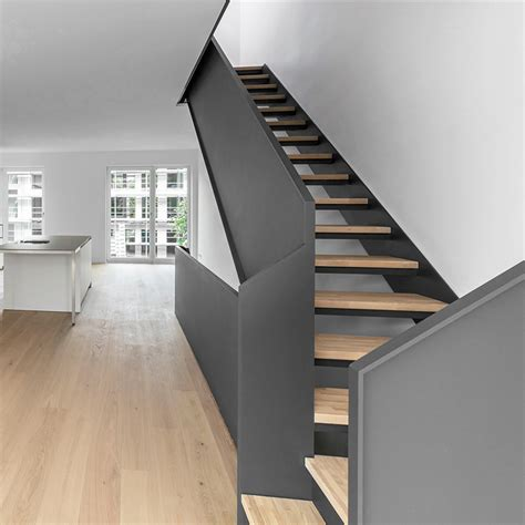 Treppe Metall Holz by Aussentreppe Holz Stahl