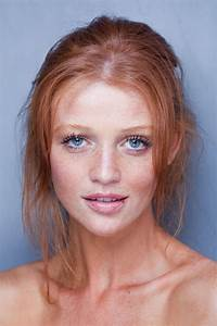 Picture Of Cintia Dicker