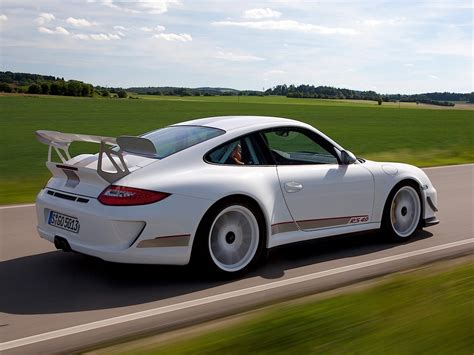 Porsche 911 Gt3 Rs 4.0 Specs & Photos
