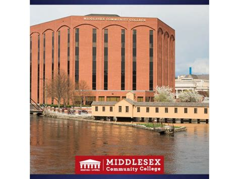 middlesex community college offers pharmacy technician