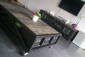 Table Salon Industriel : tables basses mobilier industriel table pinterest ~ Melissatoandfro.com Idées de Décoration