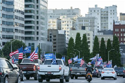 Hundreds drive through downtown Portland for pro-Trump ...
