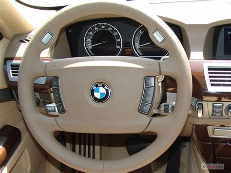 image  bmw  series li  door sedan steering wheel