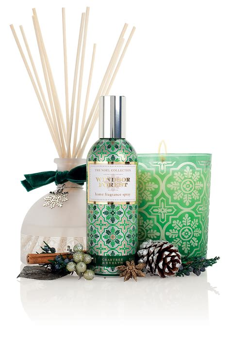 introducing crabtree evelyn limited edition noel festive home fragrance collection noel