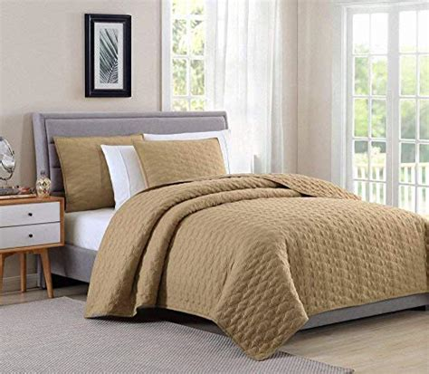 Lightweight Coverlets by Bourina Reversible 3 Quilt Set Microfiber