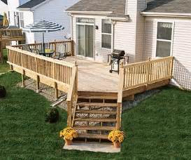 Simple Decks For Houses Ideas by 25 Best Ideas About Raised Deck On Outdoor