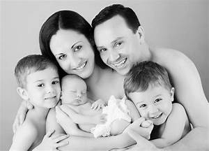 10 Safe Newborn Photoshoots To Try (And 5 Unsafe Ones ...  Family