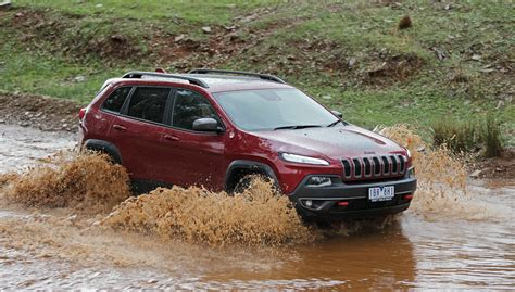 jeep cherokee trailhawk review  road caradvice