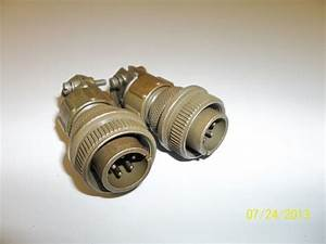 2 Electric Male Wire Connectors Ms3057