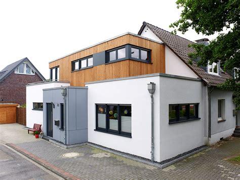 Einfamilienhaus Wohnraum Und Bad Einem by Mehr Wohnraum Im Einfamilienhaus Griess Osten Architektur