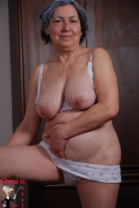 Real Granny And Oma Porn