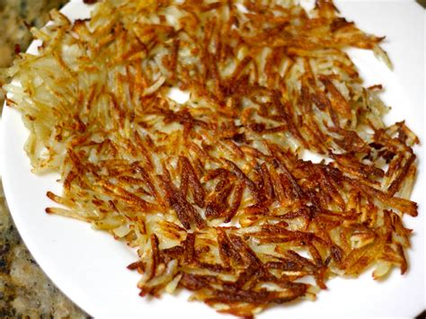 hash browns how to make the crispiest shredded hash browns serious eats