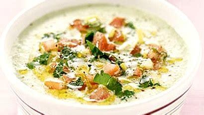 cuisiner haricots blancs potage aux haricots blancs salsa de tomate et basilic