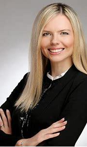 Veronika Hanušková   Advokát