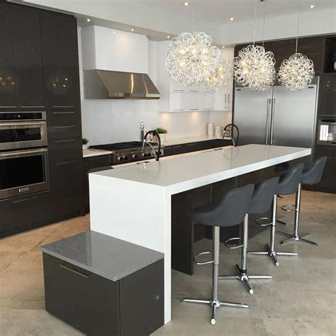 cuisine avec comptoir comptoir de granit quartz et marbre nuance design laval