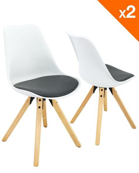 chaise nordique coussin pour chaise scandinave idées d 39 images à la maison