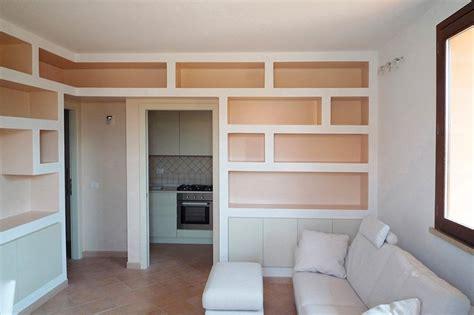 Mensole Sotto Tv by Librerie In Cartongesso Nel Soggiorno Sartoriale Casa