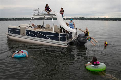 Boat Rentals With Tubing Near Me by Lake Of The Ozarks
