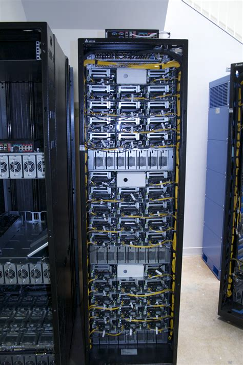 How Facebook threatens HP, Cisco, and more with its ...