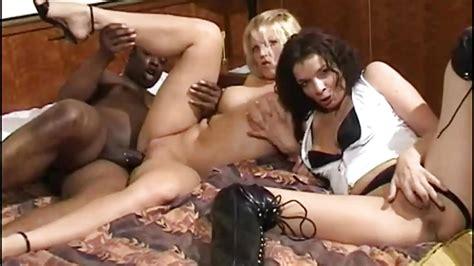 Interracial Dutch Threesome Anal For Two Dutch Milfs