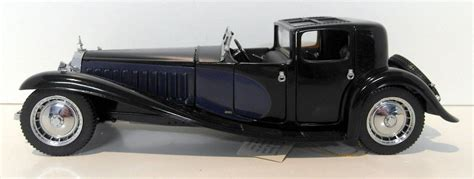 The car is made in black colour with royal blue. Franklin Mint 1/24 Scale diecast - B11RB69 1930 Bugatti Royale Coupe Napoleon | eBay