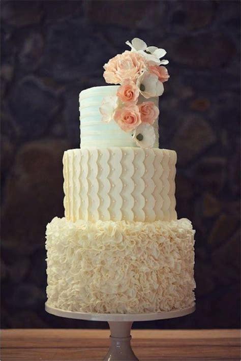 elegant wedding cakes   inspired deer pearl flowers