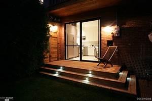 Lumiere De Terrasse : terrasse vue de nuit spots lumineux et clairages muraux ~ Edinachiropracticcenter.com Idées de Décoration