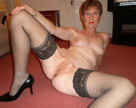 2 002 0015  In Gallery Granny Spread Legs 25 Picture 1