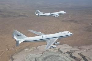 NASA - NASA's 747 SCAs--Birds of a Feather Flock Together