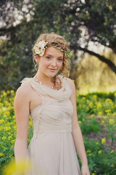 rustic bridal halo weddings barn wedding floral crown