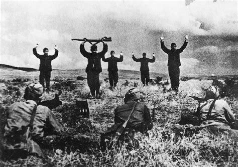 siege croix encyclopédie larousse en ligne seconde guerre mondiale