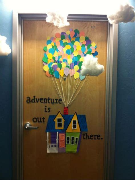 Halloween Classroom Door Decorating Contest by 25 Best Ideas About College Door Decorations On Pinterest
