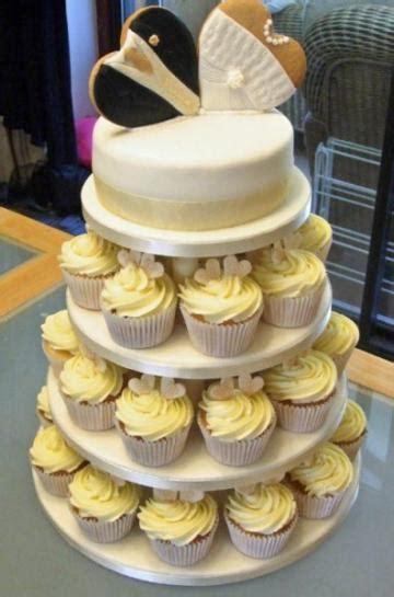 wedding cakes   weddingplannercouk