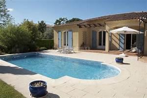 Maison avec piscine sur les hauteurs de nice for Plan de maisons gratuit 17 maison avec piscine sur les hauteurs de nice