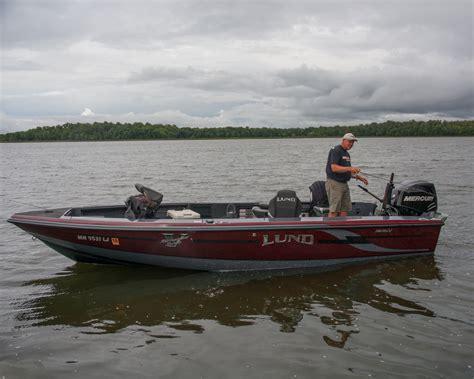 Boat Tiller Pictures by Lund 208 Pro V Gl Tiller Boat For Sale