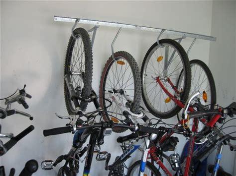 Fahrradaufhängungen, Fahrradaufhängung, Fahrrad